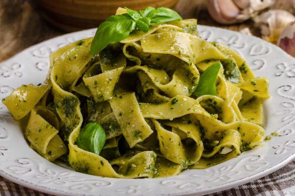 Pasta mit Basilikum Pesto