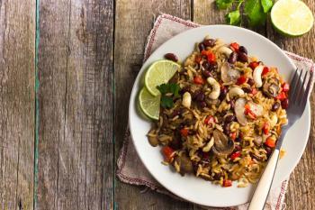Reis-Bohnen-Pilze-und-Gemuese-up