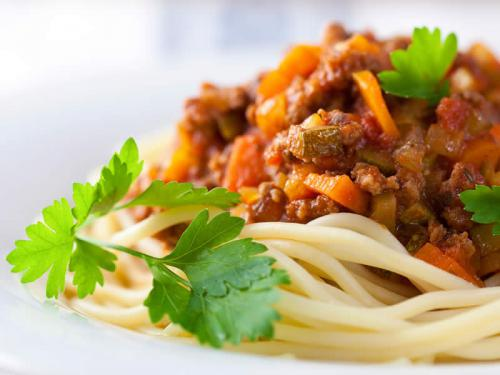 spaghetti bolognese vegan einfach schnell gesund vegan. Black Bedroom Furniture Sets. Home Design Ideas