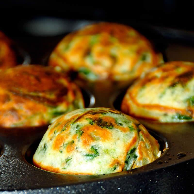 herzhafte vegane gr nkohl muffins einfach schnell gesund. Black Bedroom Furniture Sets. Home Design Ideas