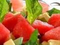Wassermelone-Spinat-Avocado-Salat